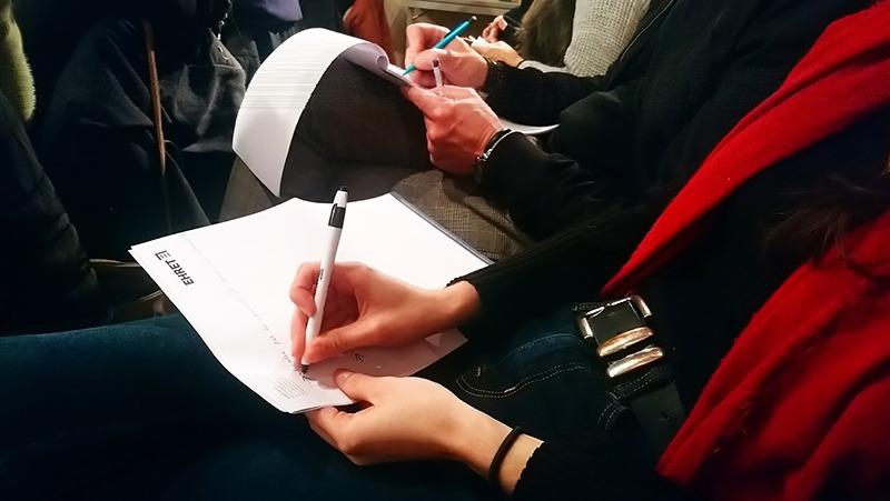 Atelier Muriel Gadin Participants ecrivent